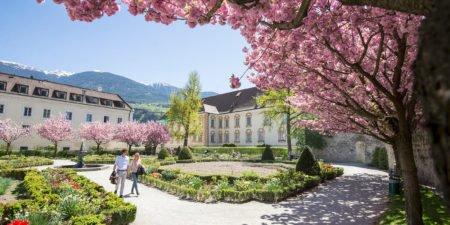 Gerharts - Der Hofgarten im Frühling