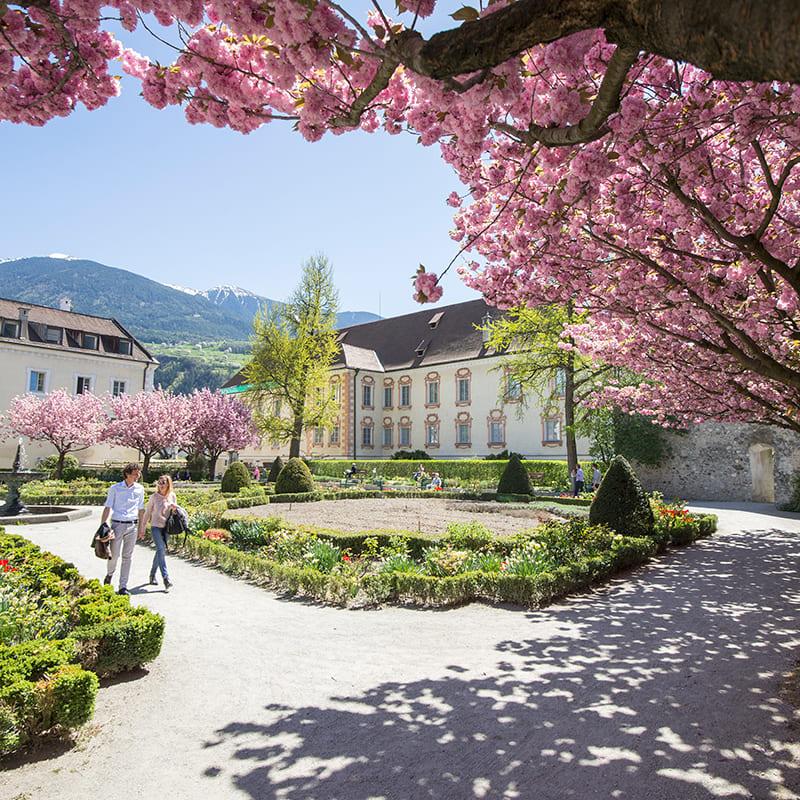 GERHARTS - Erlebnisse in der Stadt Brixen im Frühling
