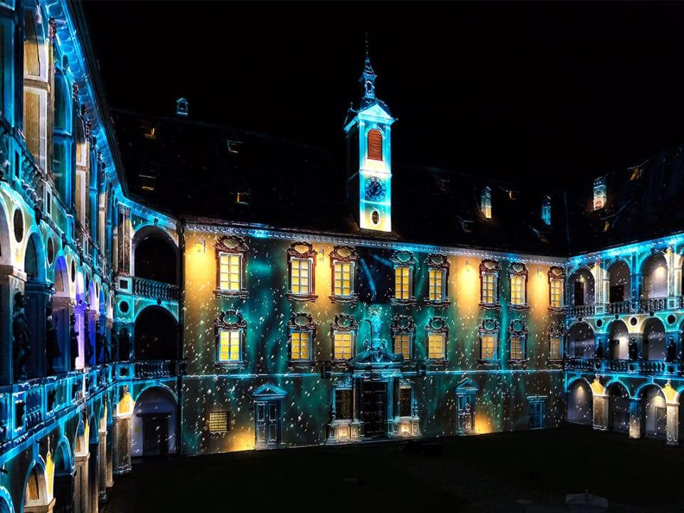 Gerharts - Weihnachtsmarkt und Lichtershow in Brixen